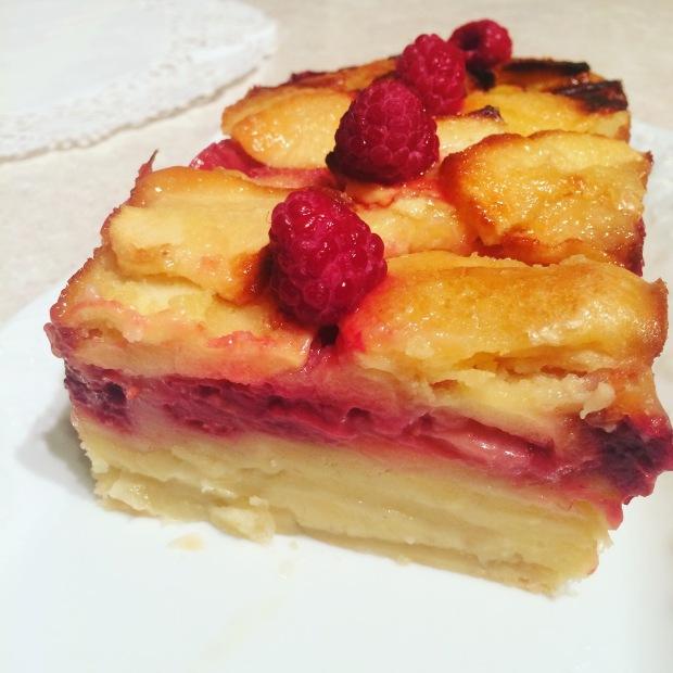 gâteau invisible pommes et framboises